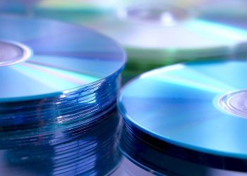 CD Duplication: 3 Reasons Why You Should Get a Professional